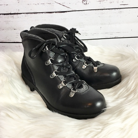 Clarks Faralyn Alpha Leather Lace Up Hiking Boots